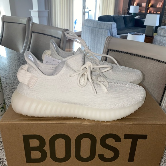 Yeezy Shoes | Yeezy Size 7 Triple White